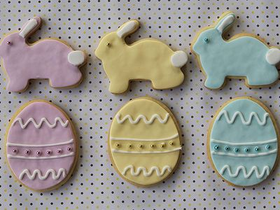 Egyszerű, de látványos sütemény húsvétra: alaprecept plusz dekorációs ötletek