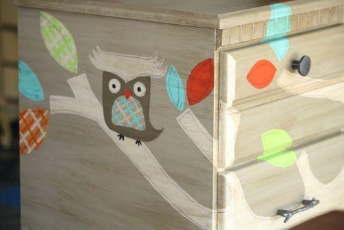 Hogyan készíthetsz egy régi megunt bútorból gyönyörű bababútort?