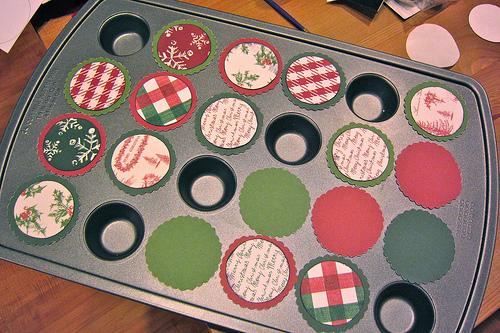 Adventi naptár házilag: így készítsd el muffinsütőből! Lépésről lépésre fotókkal, leírással