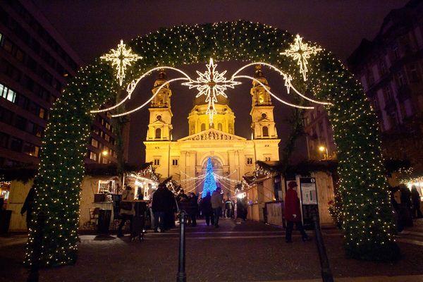 Adventi vásár 2015: 7 szuper hely Budapesten, ahol december végéig várják a családokat