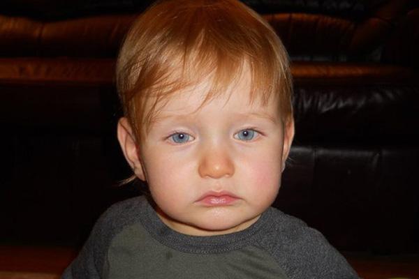 Elraboltak egy 2 éves kisfiút Szombathelyen! Ez a férfi vitte el a rendőrség információi szerint