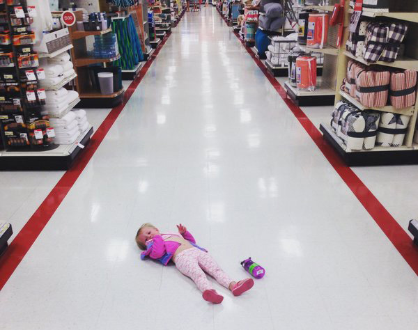 13 vicces fotó, ami tökéletesen összefoglalja, milyen az élet egy kisgyerekkel