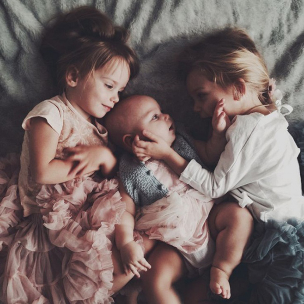 11 varázslatos fotó a testvéri szeretetről - Neked melyik a kedvenced?