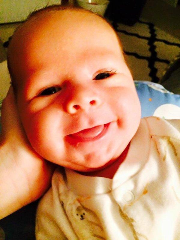 Ilyen a kisbaba legelső mosolya - 15 imádni való fotón a megismételhetetlen pillanat