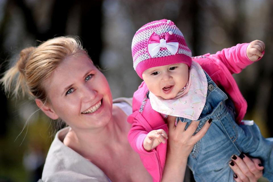 Babavárás és szülés 35 év fölött  - Okosabbak és fittebbek lesznek az idősebb anyák gyermekei egy tanulmány szerint