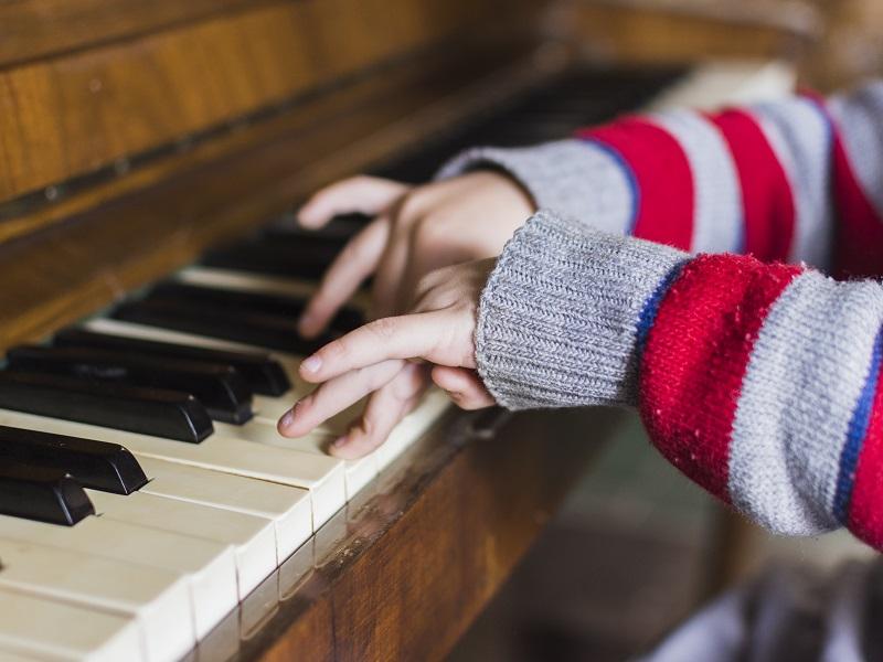 A zene javítja az autista gyerekek kommunikációját