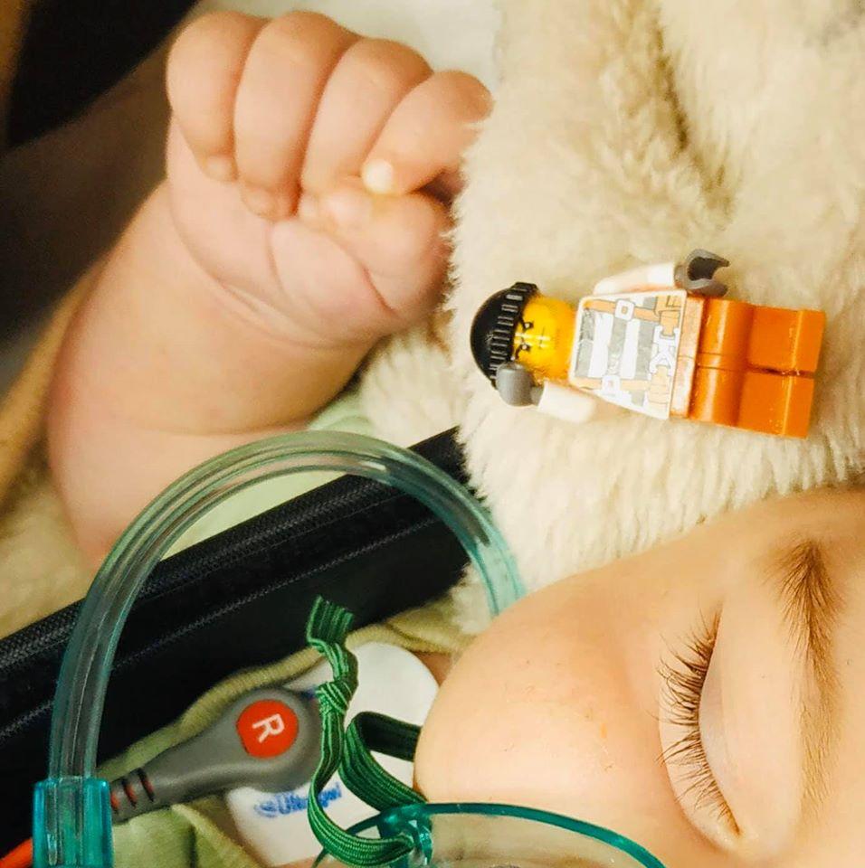 Fulladozó babához hívták a mentőket Vas megyében - A pici életét az utolsó pillanatban sikerült megmenteni