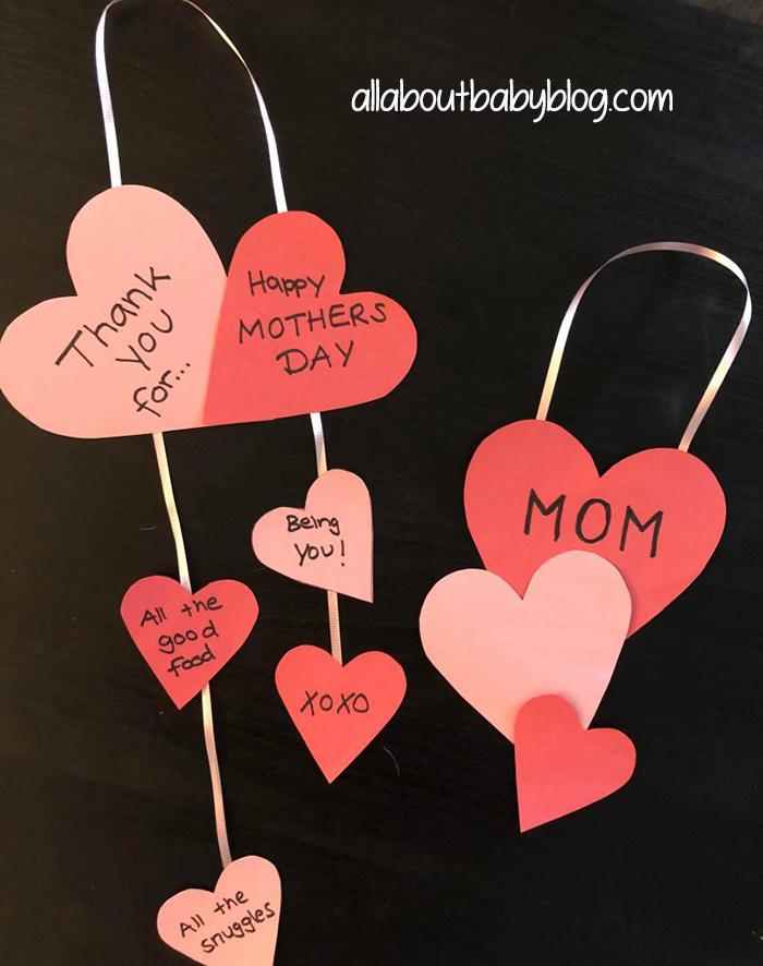 anyák napja szívecskés