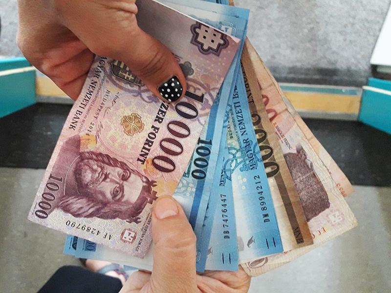 Változik a csed összege: Ennyivel több pénzt kapnak kézhez a csecsemőgondozási díjra jogosultak! - A legfontosabb tudnivalók