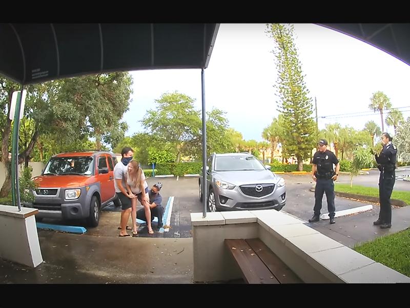 A szülészet parkolójában szülte meg gyermekét egy kismama - A bejárati kamera pedig mindent rögzített!