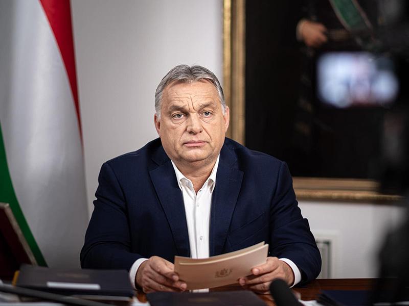 Orbán Viktor: Január 11-ig marad a kijárási tilalom és a korlátozások! - Idén a szilveszteri bulik is elmaradnak