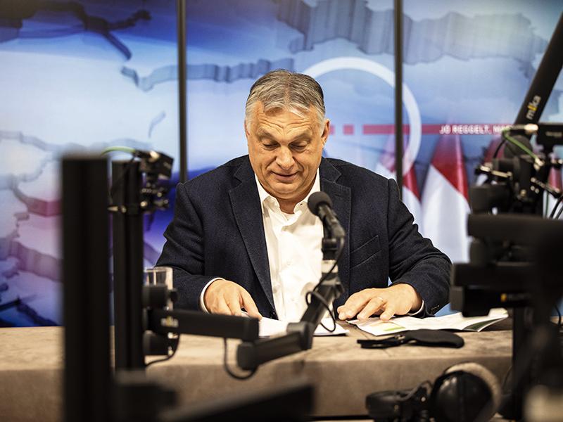 Orbán Viktor: 4 millió beoltottnál mehetnek moziba, állatkertbe, játszóházba, kalandparkba a védettségi igazolvánnyal rendelkezők