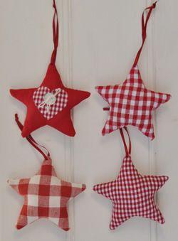 Csillagok a karácsonyfára