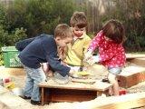 Játszótéri konfliktusok – Mikor kell a szülőnek beleavatkoznia?