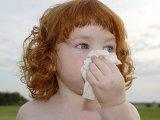 Tüsszög a gyermek – nátha, vagy allergia?