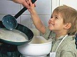 Anya, hadd segítsek! - Bevonjuk a gyerekeket a házimunkába?
