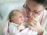 Újévi baba - Idén a fővárosban és vidéken is kislány született elsőként