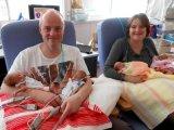 Két egypetéjű ikerpárt szült egy brit nő