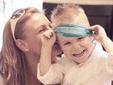 Elkészült a magyar verzió: Bekötött szemmel is felismerték anyukájukat a gyerekek