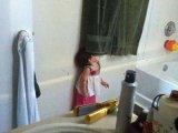 Fotók: ilyenek a gyerekek, amikor nem jól értelmezik a bújócskázást