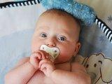 Cumizás, ujjszopás: valóban előreálló fogsora lesz ezektől a gyereknek? A szakorvos válaszol