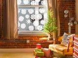 Hópehely papírból: így készítsd el lépésről lépésre a látványos ablakdekorációt!
