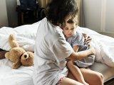 Éjszakai bepisilés gyerekeknél: okai, kezelése, gyógyítása