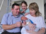 Óriásbaba született Kecskeméten! Nézd, milyen aranyos a kisfiú - Fotók!