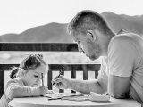 Apák a gyereknevelésben: így motiváld a gyermeked, hogy a legjobbat hozza ki önmagából - Gondolatok a bizonyítványosztás kapcsán