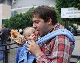 Fotók! Ez történik, ha az apukát egyedül hagyják a gyerekkel pár percre - Vicces összeállítás!