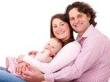 Így változott meg az apák szerepe a mai családokban - Milyen családtámogatási ellátásokra jososultak az apukák?
