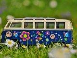 Mesével nyugtatta meg a buszsofőr a síró kisgyermeket a 159-es buszon - A megállók neveit is beleszőtte a mesébe