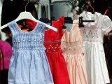 Veszélyes gyerekruhák és gyerekcipők! 46 vizsgált termékből 40 okozhat fulladást a kisgyermekeknél, figyelmeztet a Fogyasztóvédelem