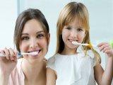 Fogkrémeket vizsgált a fogyasztóvédelem: a gyerekfogkrémek közül mindegyiknél találtak problémát!