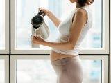 Babát vársz és nehezen viseled? Így enyhítheted a babavárás kellemetlen tüneteit gyógyteákkal, gyógynövényekkel