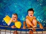 Így védd a fület a külső hallójárat gyulladástól! - A nyári fülgyulladás tünetei és megelőzése gyerekeknek, felnőtteknek
