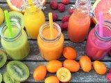 5 egészséges és szuperfinom smoothie reggelire, amit a gyermeked akár a suliba is magával vihet - Receptötletekkel!