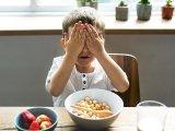 Válogatós a gyerek és állandóan csak piszkálja az ételt? Lehet, hogy ez az oka, mondják a szakemberek