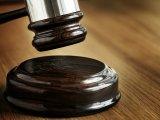 Nem lehetett megállapítani, melyik ikertestvér a kislány apja, ezért meglepő döntést hozott a bíróság