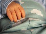 Így mentette meg újszülött gyermeke életét egy győri apuka! - Az Országos Mentőszolgálat számolt be az esetről
