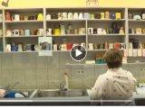 Eldobható poharak helyett saját bögre a büfében: Ebben a székesfehérvári gimnáziumban odafigyelnek a környezetre