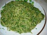 Spenótos spagetti