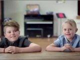 Megható videó: amikor még a szülők is meglepődnek a gyerekek őszinteségén - Te mit válaszoltál volna a feltett kérdésre?