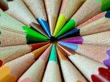 Újabb gyerekeknek szánt színező körül dagad a botrány! A szülők kiborultak, amikor meglátták, mi van a képeken