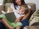 Ezért mesélj minden nap a gyermekednek - akkor is, ha fáradt vagy! Tippek, ötletek, tanácsok elfoglalt szülőknek