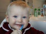 Tejfogak - Miért fontos a tejfogakat ápolni, ha úgyis kiesnek? 5 ok, amire talán nem is gondolsz! - Fogszakorvos tanácsai