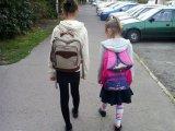 Hány kilós iskolatáskát cipel gyermeked a hátán? Ha ennél nehezebb, az már ronthatja a tartását! - Ortopéd szakorvos tanácsai