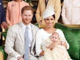 Megkeresztelték Harry herceg és Meghan Markle kisfiát! Friss fotókon a kis Archie és az egész királyi família