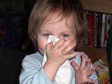 Gyermekkori nátha tünetei, kezelése, szövődmények - Így tanítsd meg gyermekednek a helyes orrfújást!