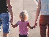 Örökbefogadás 2020: Elfogadták a törvénymódosítást! - Így lesz egyszerűbb és gyorsabb az örökbefogadás a jövőben